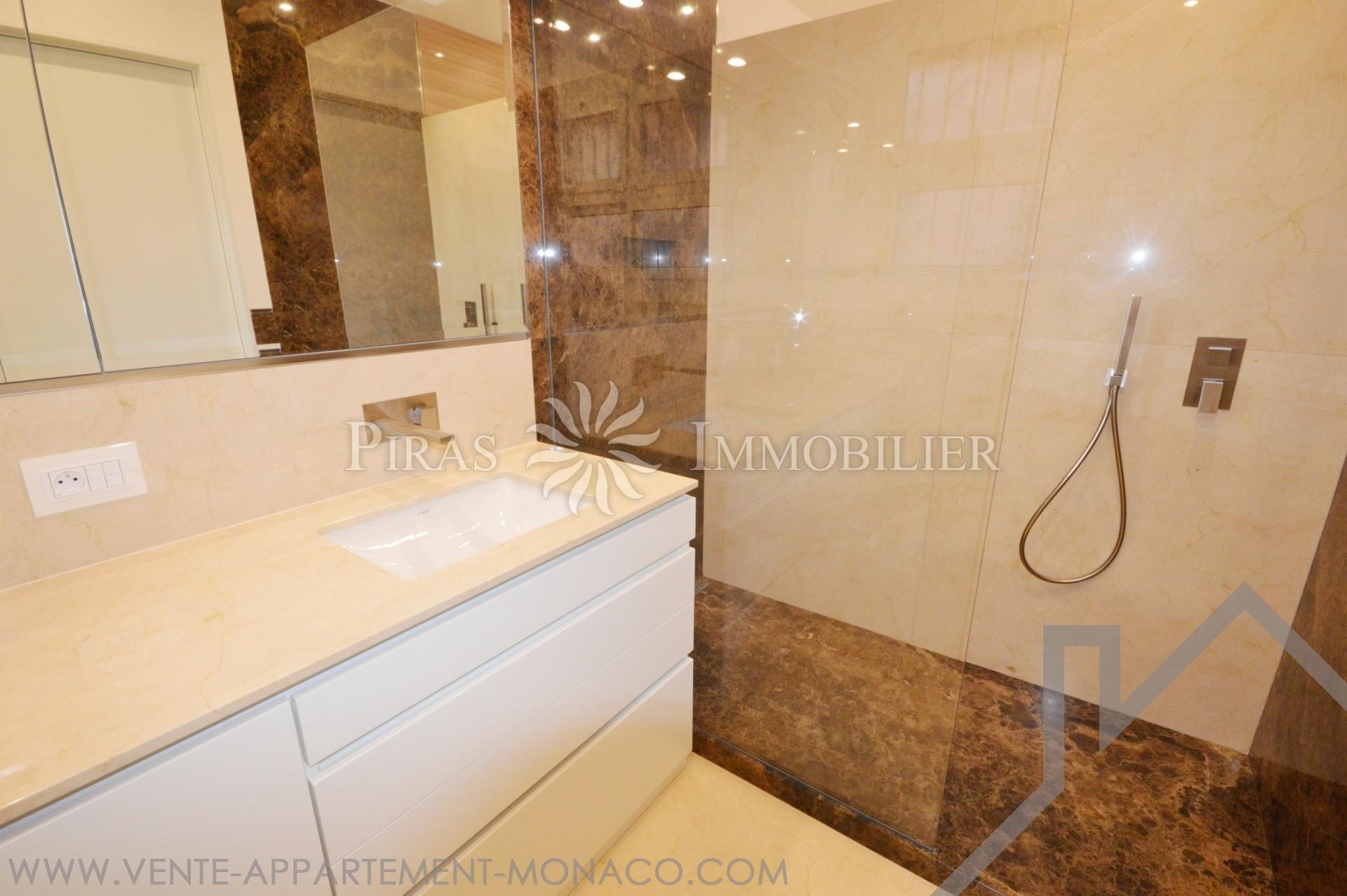 monte carlo house appartement 2 pi ces propri t s vendre monaco. Black Bedroom Furniture Sets. Home Design Ideas